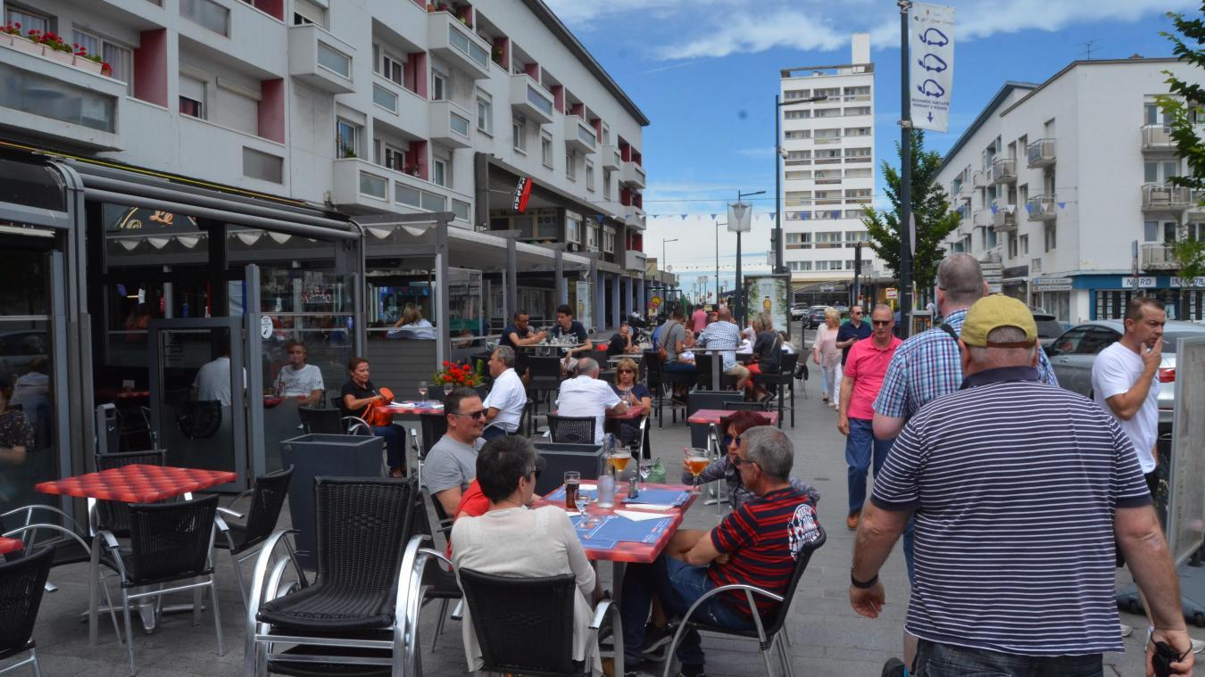 Cafetiers et restaurateurs en colère après l'annonce de l'interdiction des terrasses chauffées