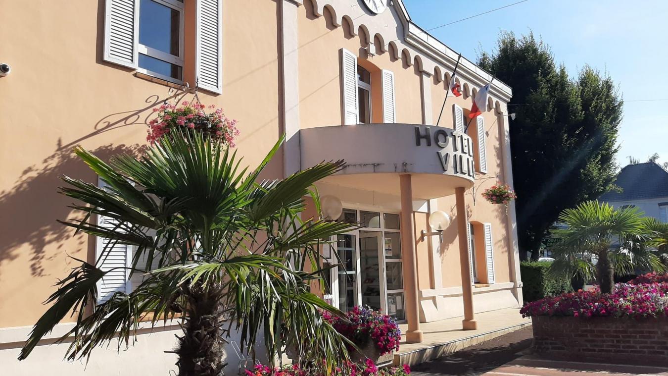 La mairie prévoit un budget d'investissement de 875 528 euros.