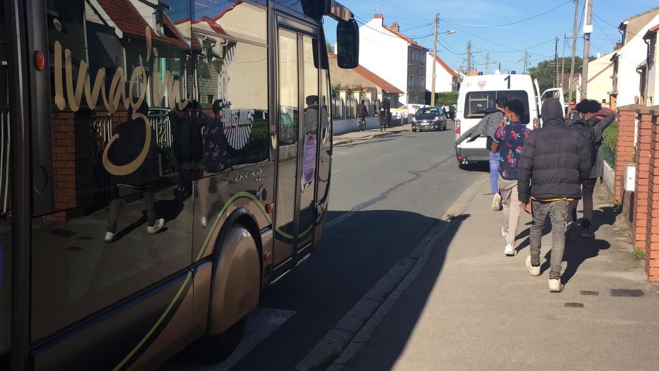 Sur certaines lignes, les bus sont rapidement pleins et provoquent la colère des usagers qui ne peuvent pas monter.