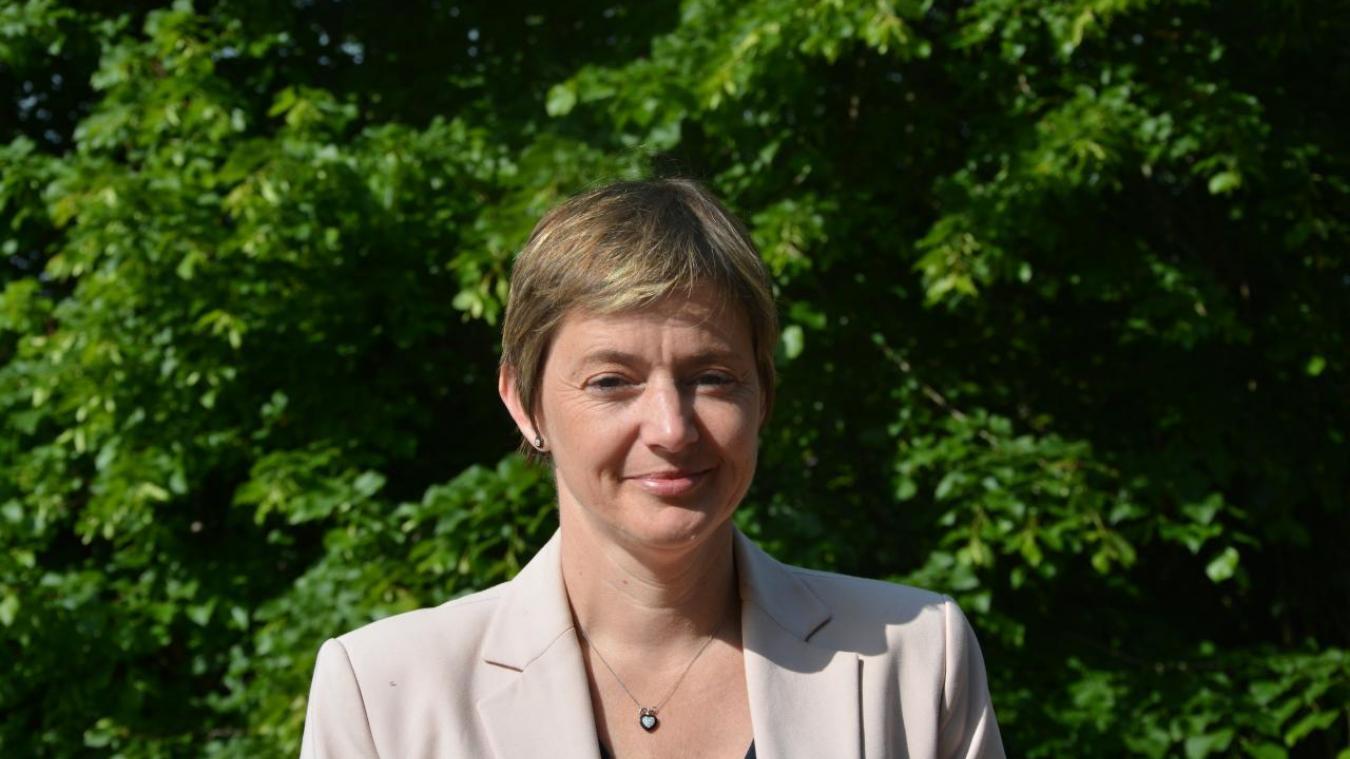 Isabelle Levent-Ruckebusch se désiste.