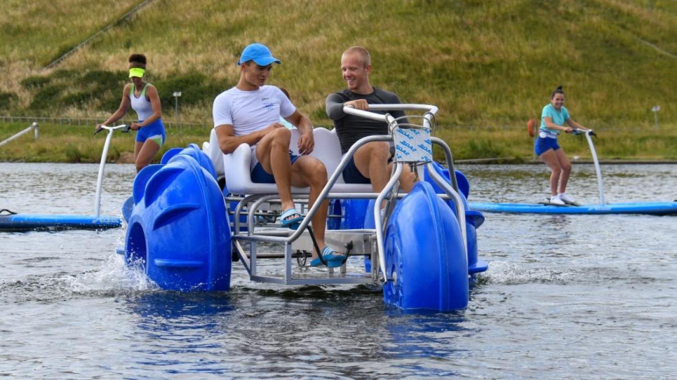 L'aqua tricycle (au premier plan) est vite devenu la star du PAarc. Mais le paddle stepper (au fond) a aussi ses adeptes.