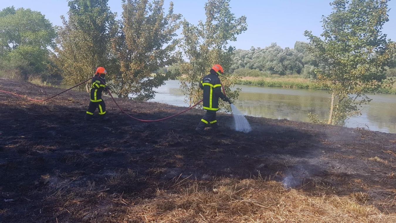 Ruminghem : feu de végétation au lieu-dit Cup