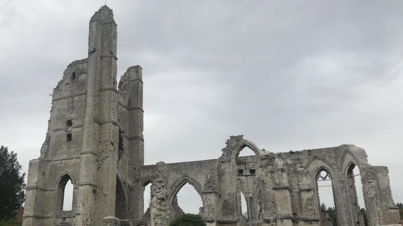 En ligne de mire de cette étape, les ruines de l'église Saint-Nazaire. Elle a été bombardée par l'armée française en 1914 pour éviter que le clocher ne soit utilisé comme poste d'observation par les troupes allemandes.