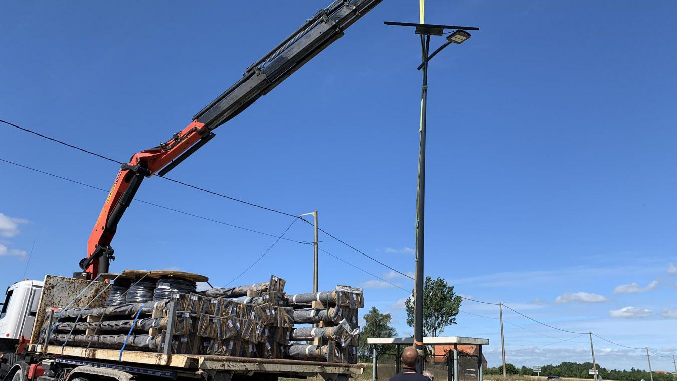 Un mat solaire installé à Winnezeele