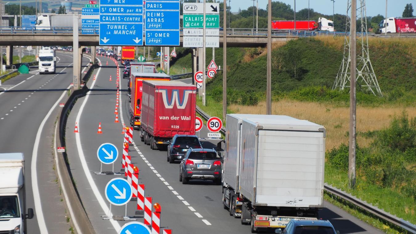 L'autoroute est à éviter en ce moment en raison des travaux.