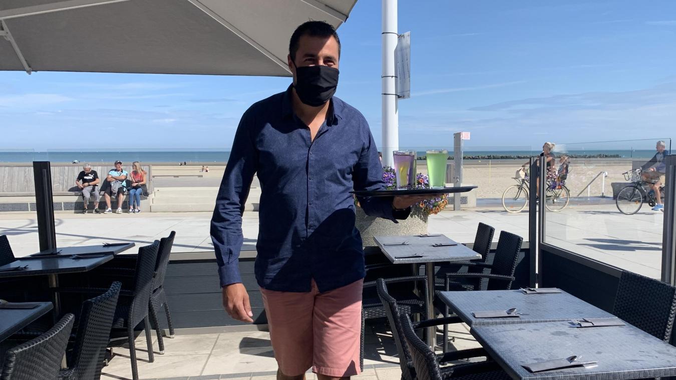 Dunkerque : Pierre, garçon de café le plus rapide de la digue de Malo ?