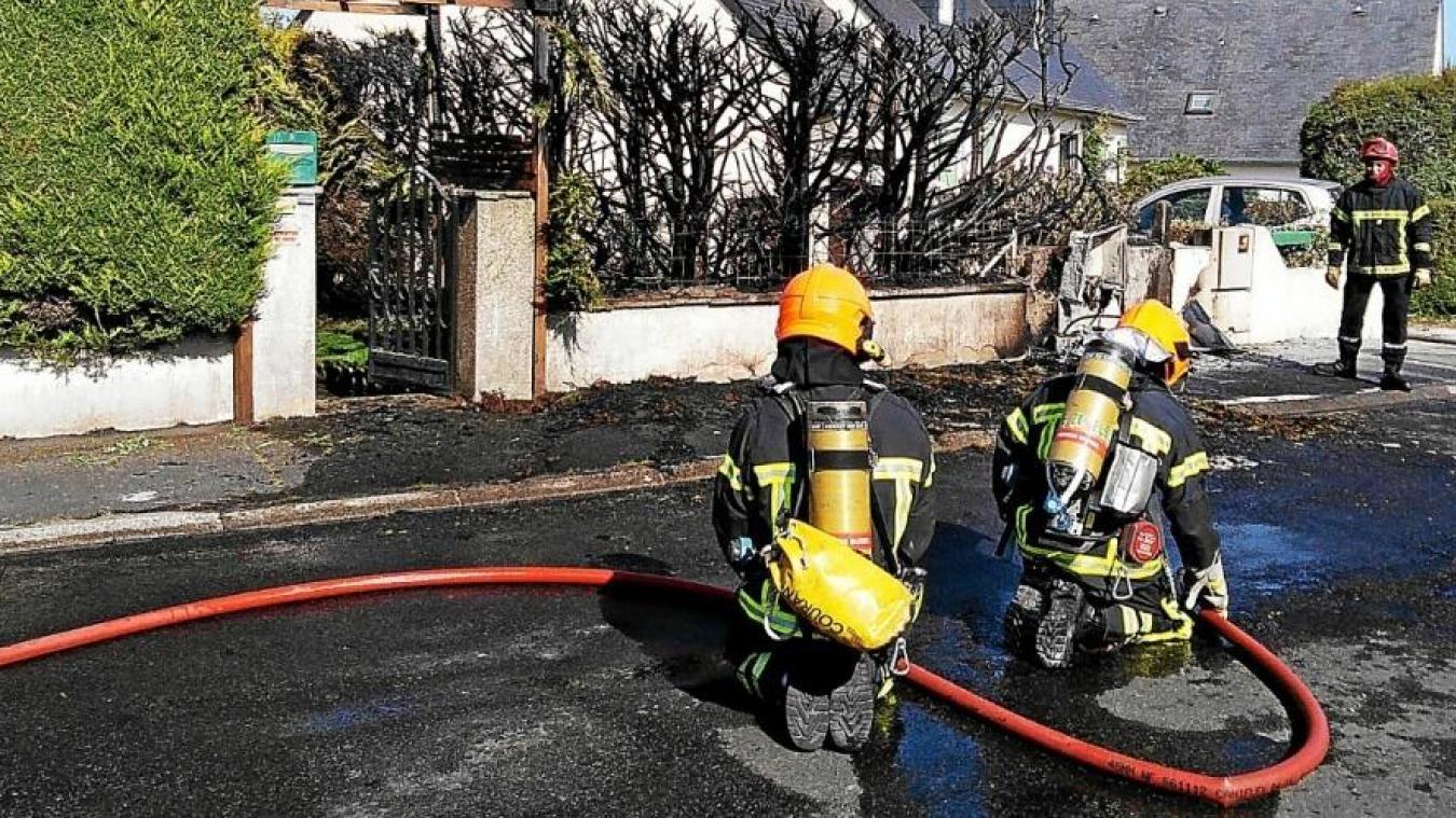 En deux nuits, il y a eu deux incendies à Méteren. Une enquête est en cours. (Photo - Facebook Commune de Méteren)