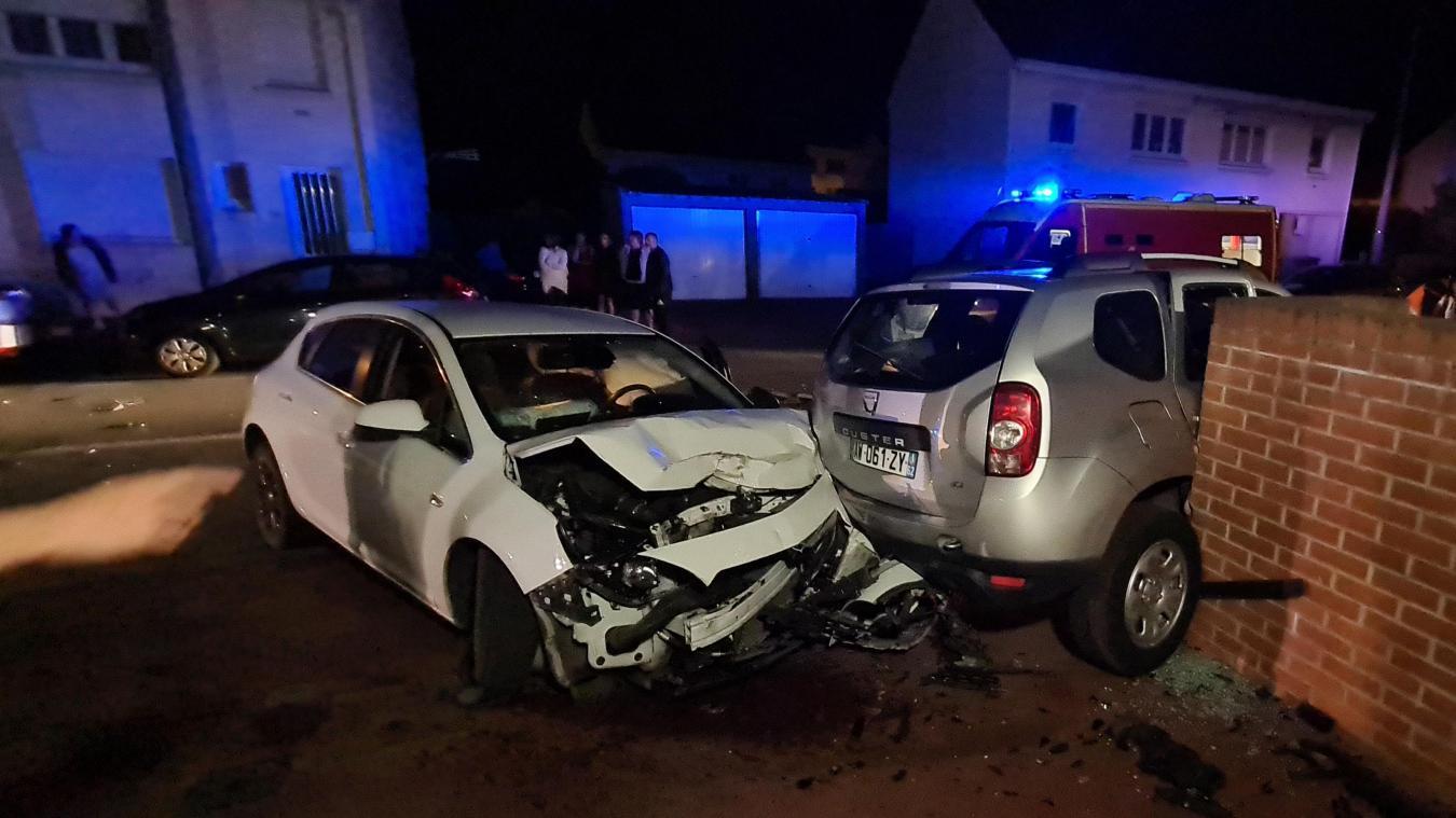 Selon plusieurs témoins, le conducteur de la voiture blanche était en état d'ébriété.