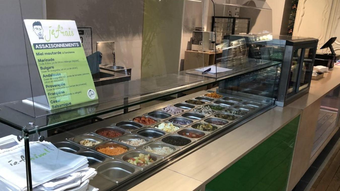 Le saladbar accueille les adeptes de burgers et salades tendances. En septembre, il arrivera aussi à la Halle aux sucres.