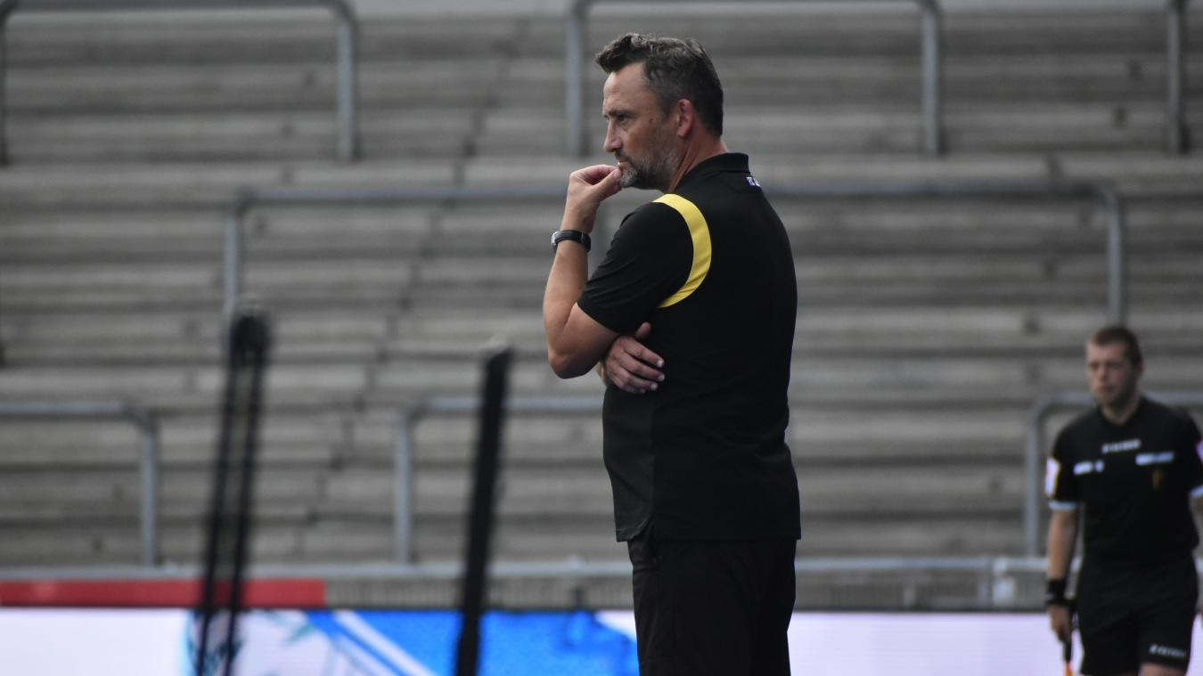 Le coach lensois est arrivé à la tête de l'équipe première après l'éviction de Philippe Montanier.