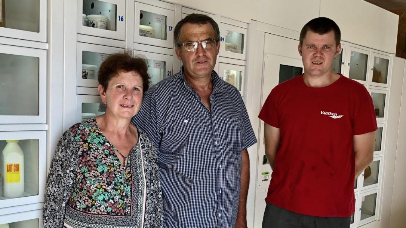 Sylvie Banquart, Marcel Holuigue et Stéphane Couanon gèrent la P'tite Vache.