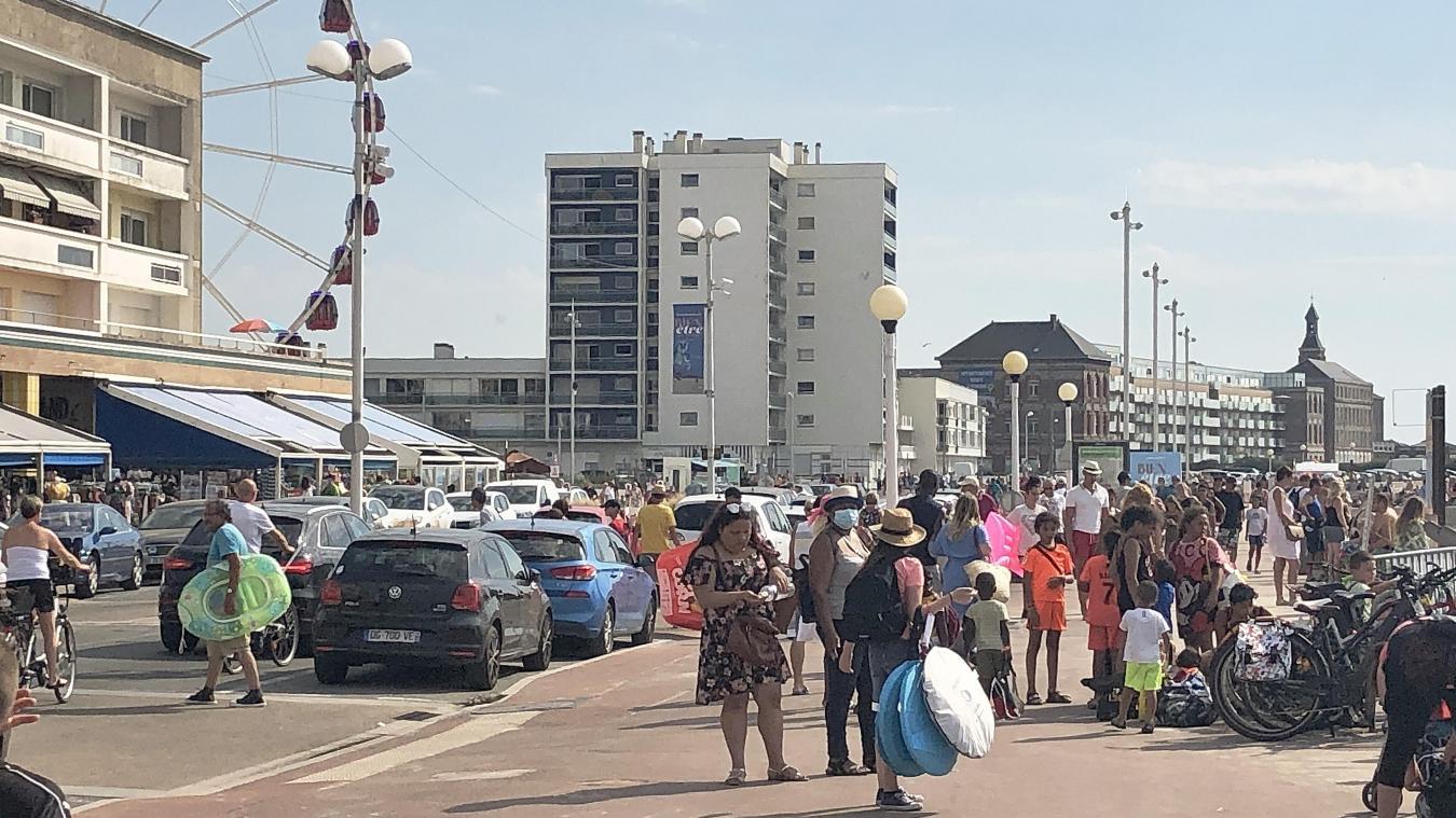 La ville de Berck était encore une des seules à ne pas imposer le port du masque (hormis sur le marché).