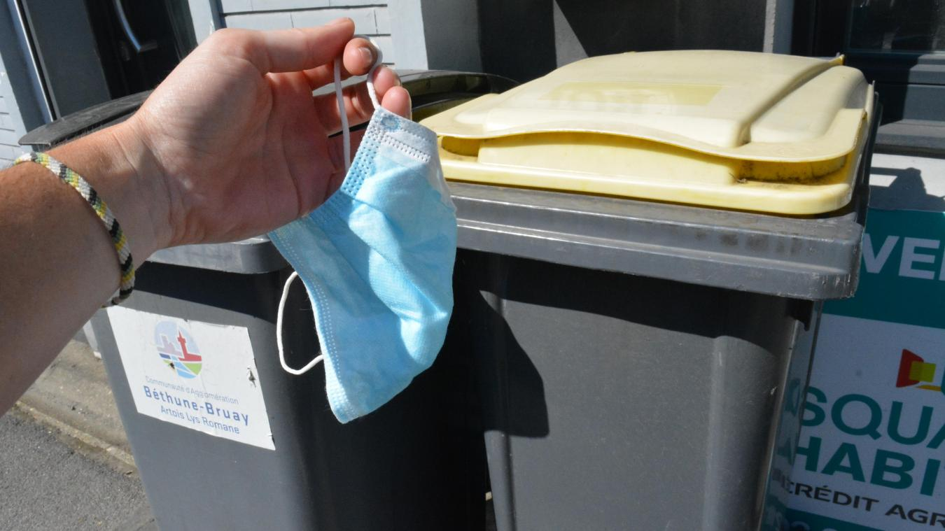 Non, les masques ne se recyclent pas!