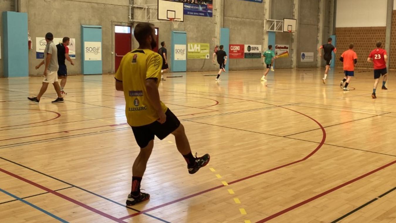 Les séniors garçons du SO Calais retrouvent l'entraînement