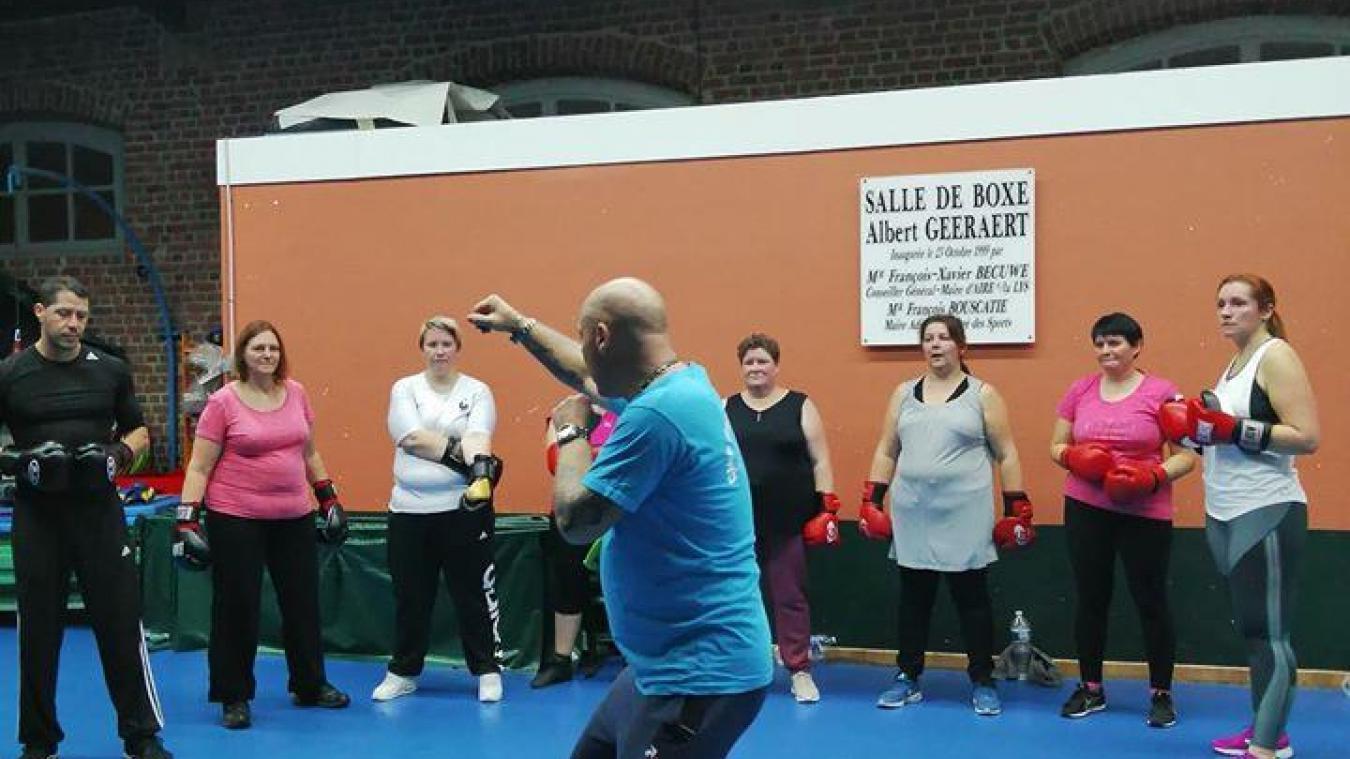 En octobre dernier, plusieurs adhérentes de la MJEP avaient participé à une initiation dans les locaux du Club de boxe airois.