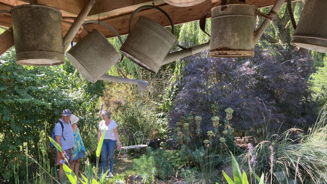 À l'occasion de la saison estivale, de nombreux touristes n'hésitent pas à pousser la porte des jardins de la Goutte d'eau.