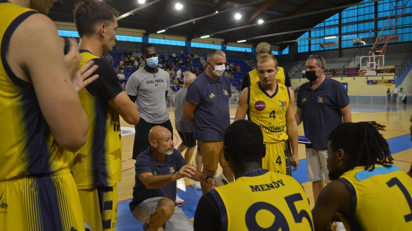 Laurent Kleefstra et ses hommes poursuivrent leur préparation pour aborder au mieux le championnat le 12 septembre à Fougères.