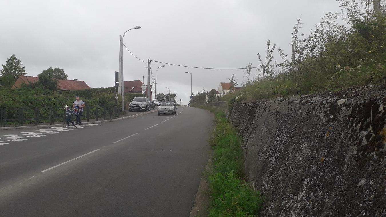 Le calme de la rue d'haillicourt est perturbé par la vitesse excessive des automobilistes.