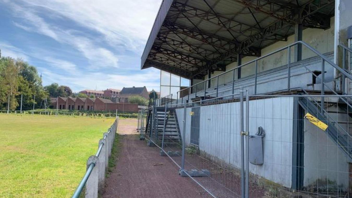 Le projet de parc boisé serait l'occasion de revoir les aménagements du terrain de foot.