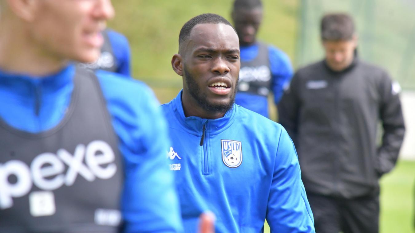 Harouna Sy, arrivé de D2 belge au début de l'été, a réalisé une préparation pleine. Logiquement titularisé lors de la première journée face à Toulouse, il a réalisé un grosse rencontre et a reçu le prix « Alex Dupont » d'homme du match.