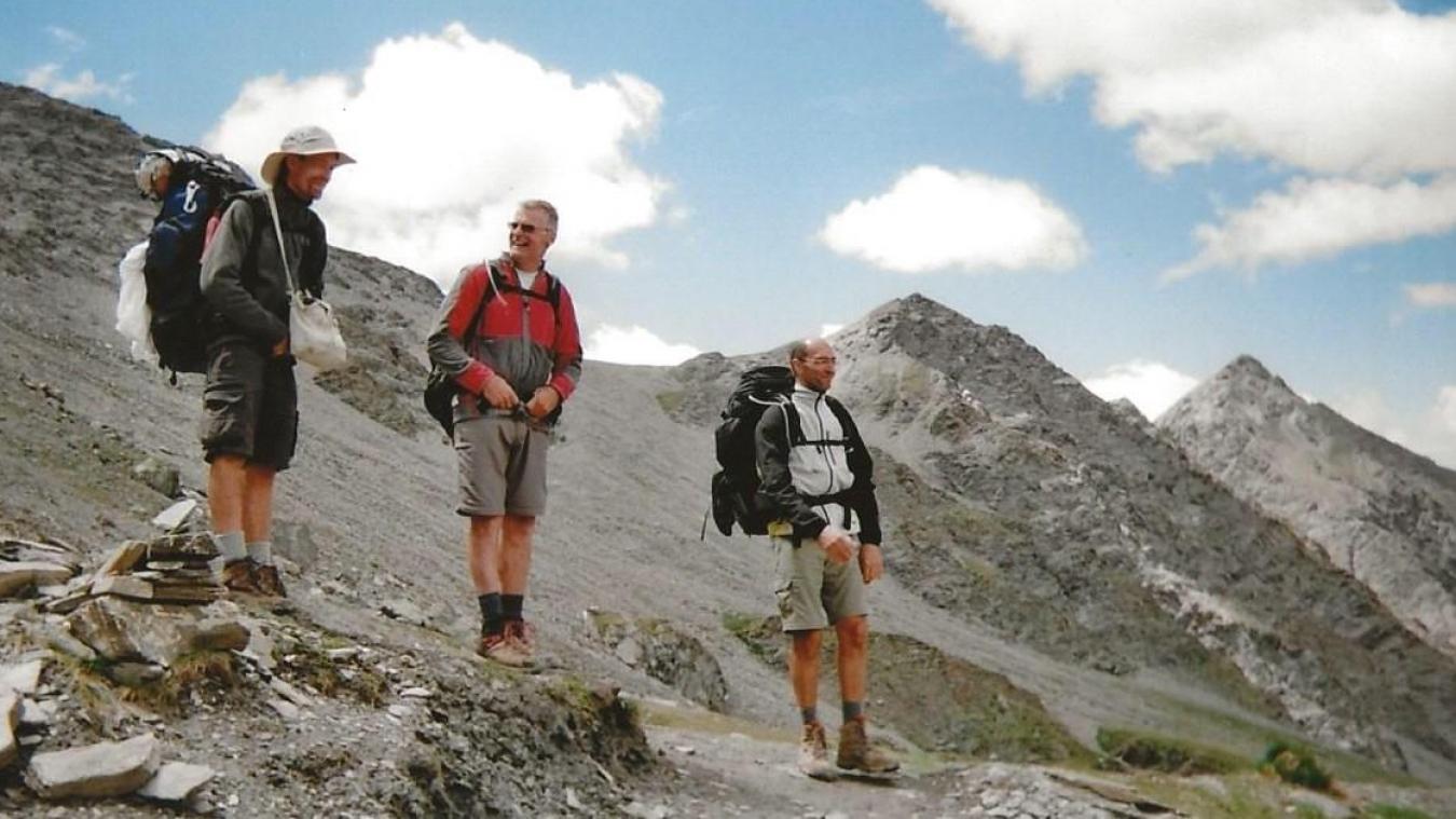 André Lefebvre (au centre) était une figure locale très appréciée pour sa bonne humeur et sa camaraderie.
