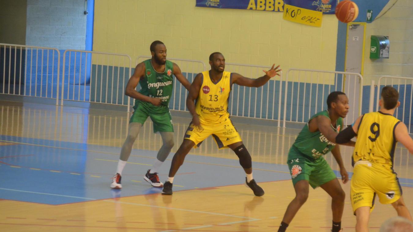 Avec son numéro 13, Kayodé a de nouveau joué, 10 mois après sa grave blessure au genou.