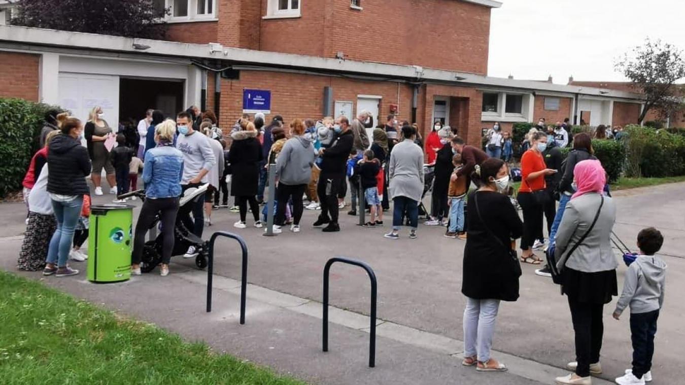 Plusieurs écoles et collèges ont dû fermer des classes en raison de cas avérés de Covid-19. Ici, à Trystram (Petite-Synthe), la rentrée se déroule bien depuis une bonne semaine.