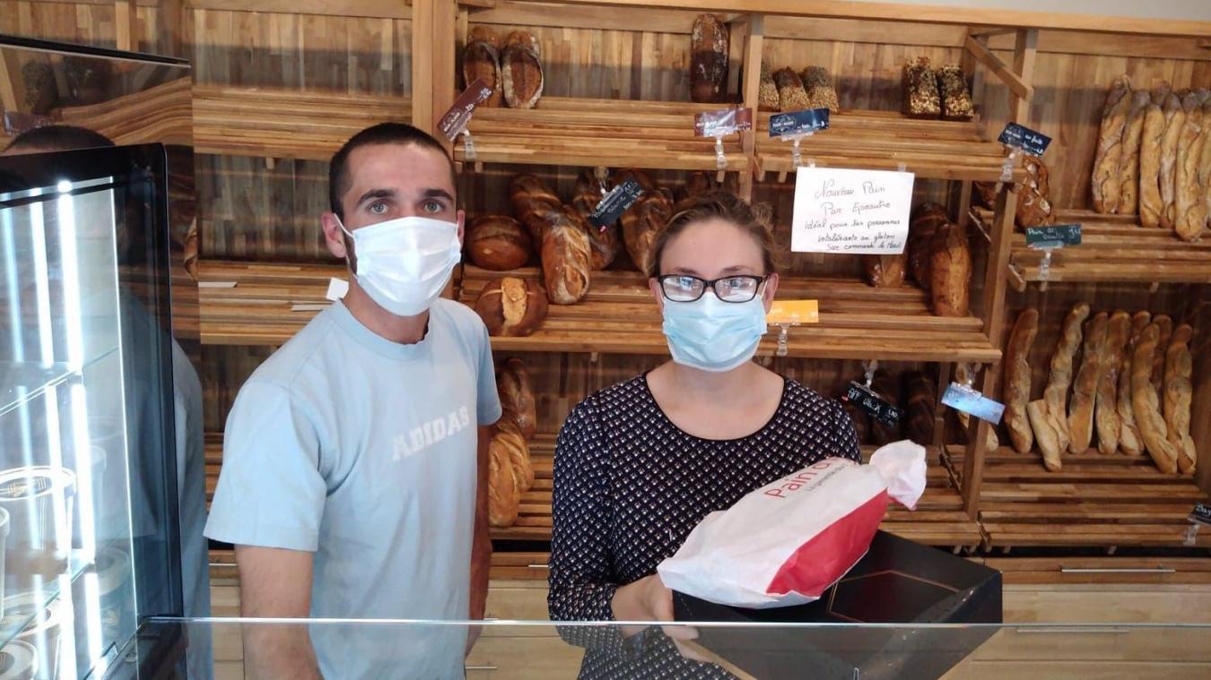 Marie et Valentin, Passion et Gourmandise à Condette, utilisent l'application Too Good To Go depuis début juillet pour liquider les invendus.