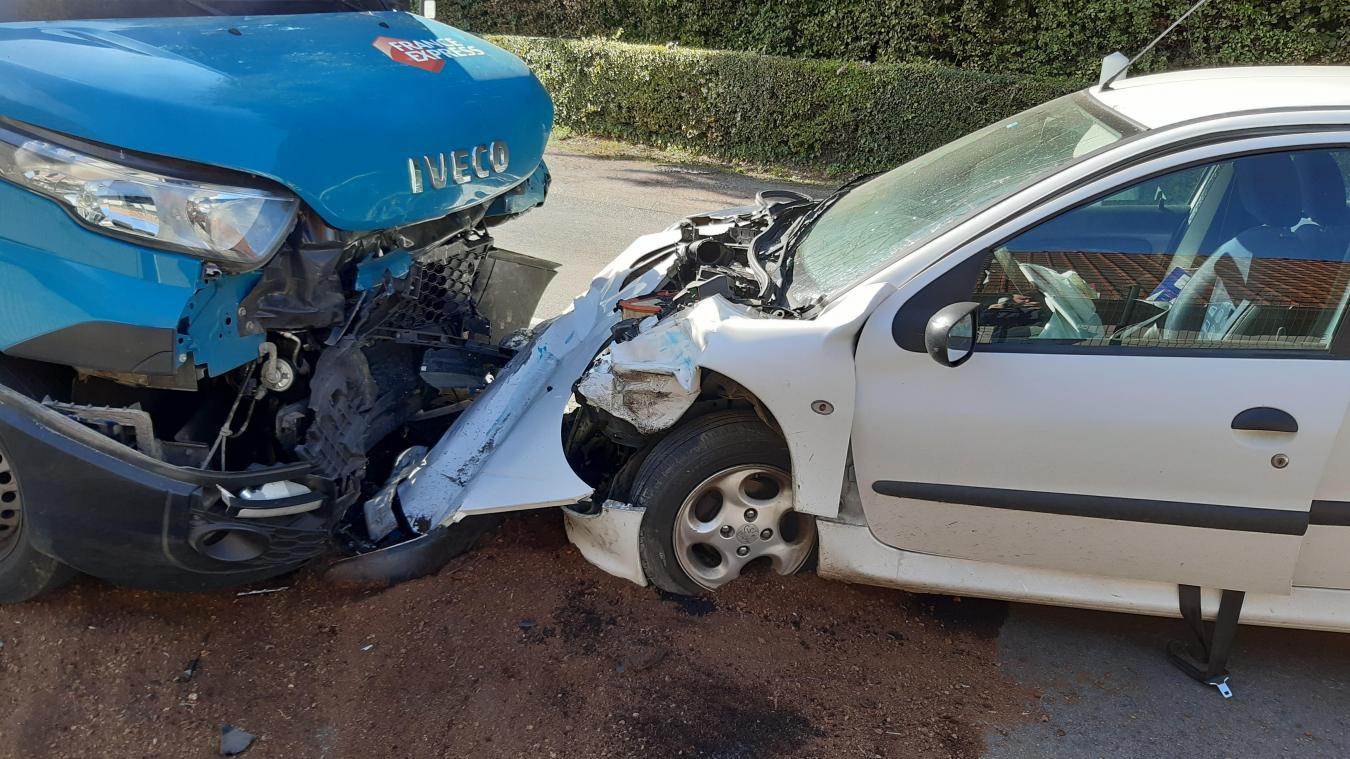 Deux blessés dans un accident à Ardres
