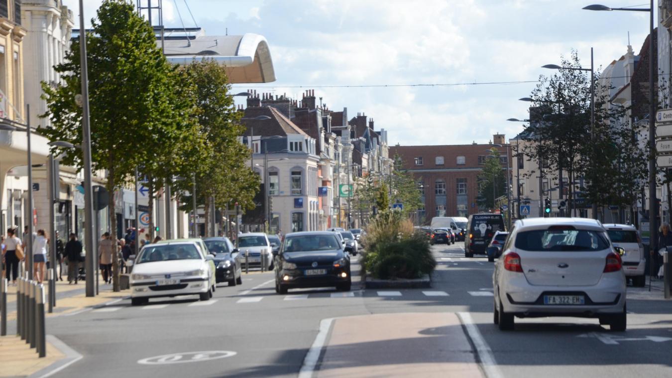 Le plan de relance du commerce va être prolongé à Calais, annonce Natacha Bouchart