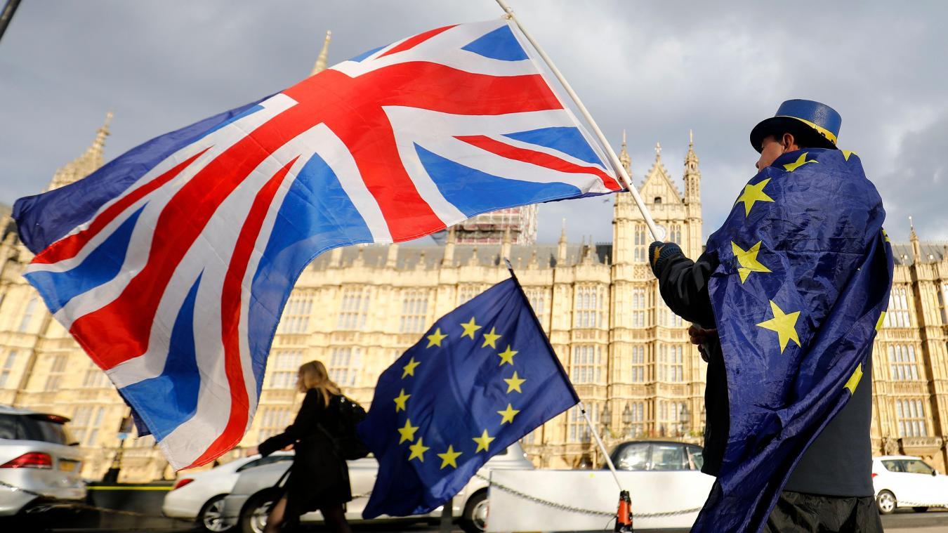 Brexit: Londres exige de l'UE plus de «réalisme» pour la reprise des négociations