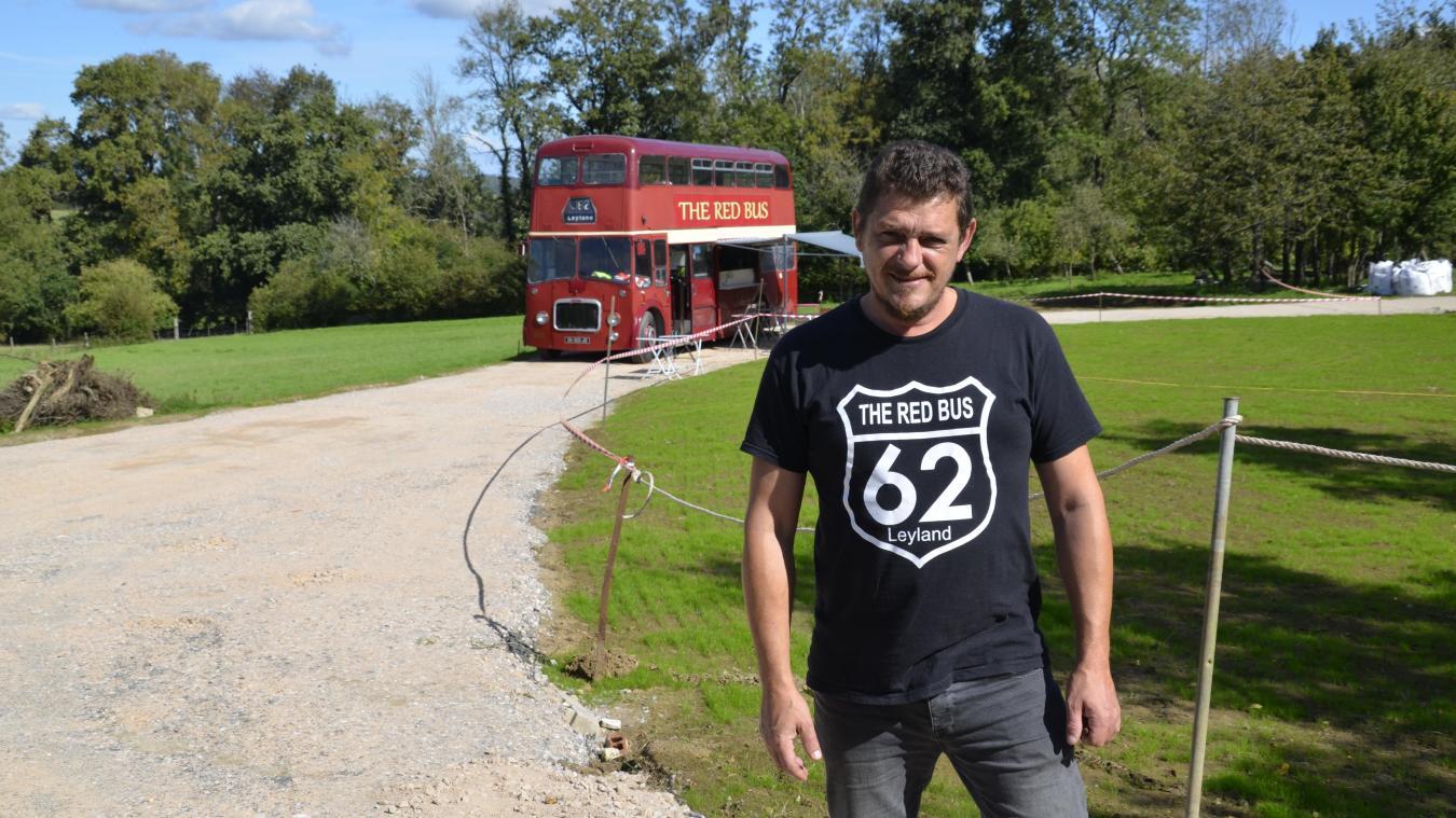 Claude Quetu, gérant du Red Bus, a investi de nouveaux lieux pour proposer un nouveau concept.