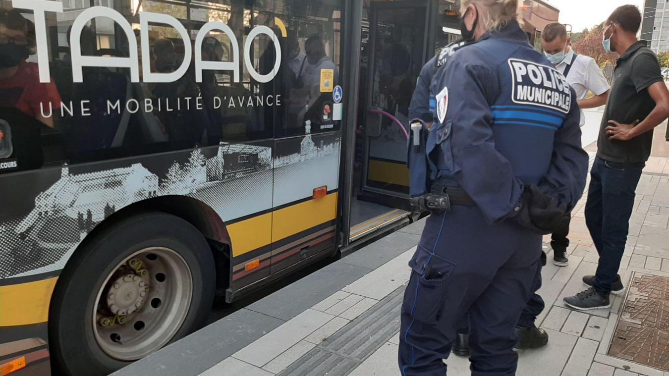 Béthune: grande opération de contrôle d'identité et de lutte contre les stupéfiants au Mont Liébaut
