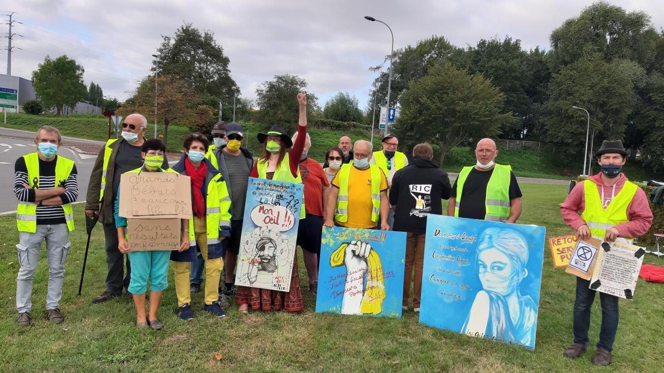 Saint-Omer : les Gilets Jaunes de retour au rond point