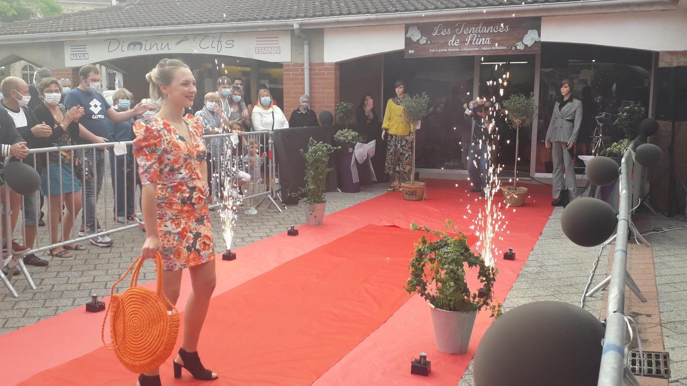 Plusieurs Calonnoises ont été sollicitées pour participer au défilé de Nina Delelis, samedi 12 septembre.