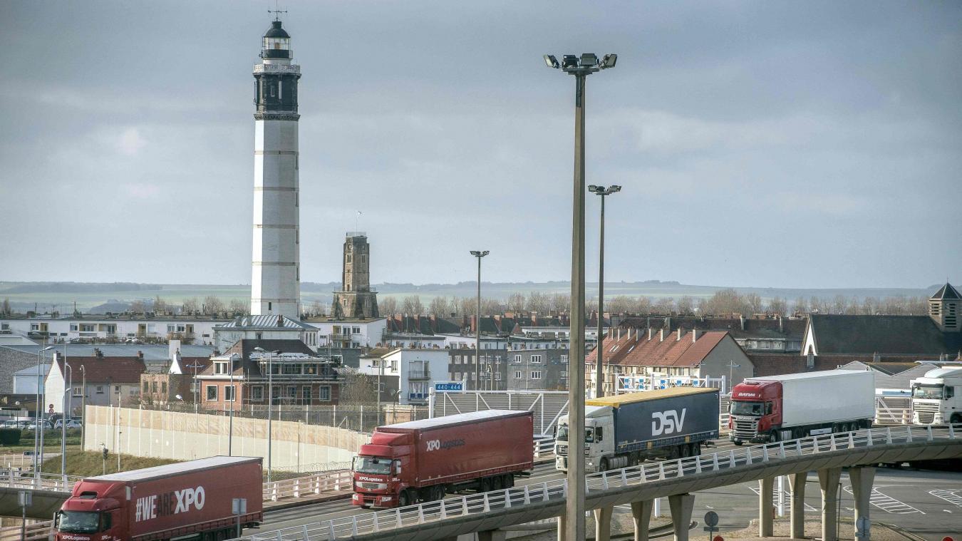 Les contrôles au port nécessitent 200 emplois.