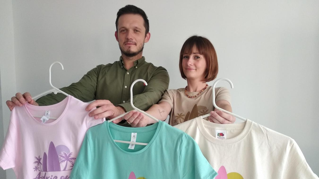 Fabrice et Pauline sont à l'origine d'Ardrizona. Trois coloris sont désormais disponibles pour leurs tee-shirts.