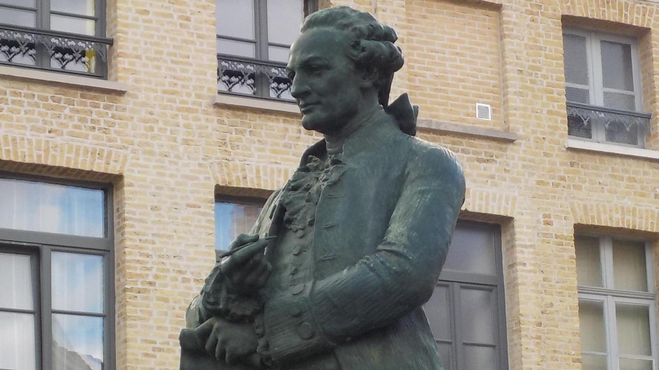 Statue de Monsigny à Saint-Omer, œuvre de H.N. Louis, 1905.