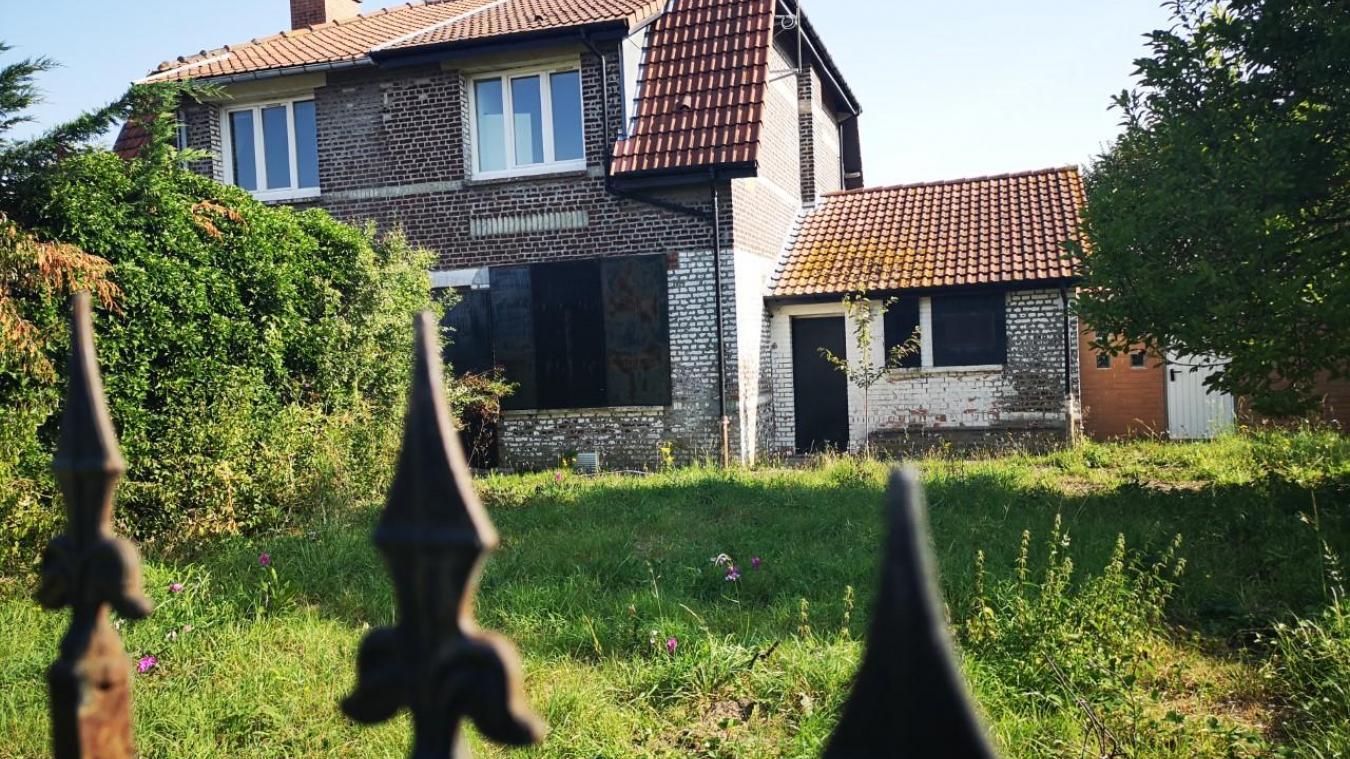 Barlin : la ville rachète une maison pour une asso