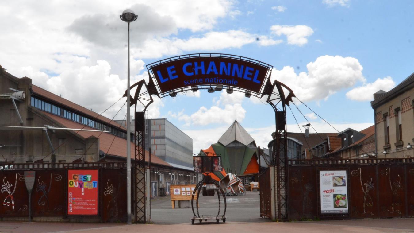 Anciennement délégation de service public, le Channel est une association avec une convention de mise à disposition de locaux et de subvention.