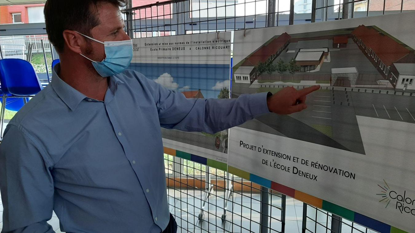 Après l'inauguration de la salle Kukla, vendredi 11 septembre, le maire Ludovic Idziak a fait un point sur le projet de rénovation de l'école Deneux.