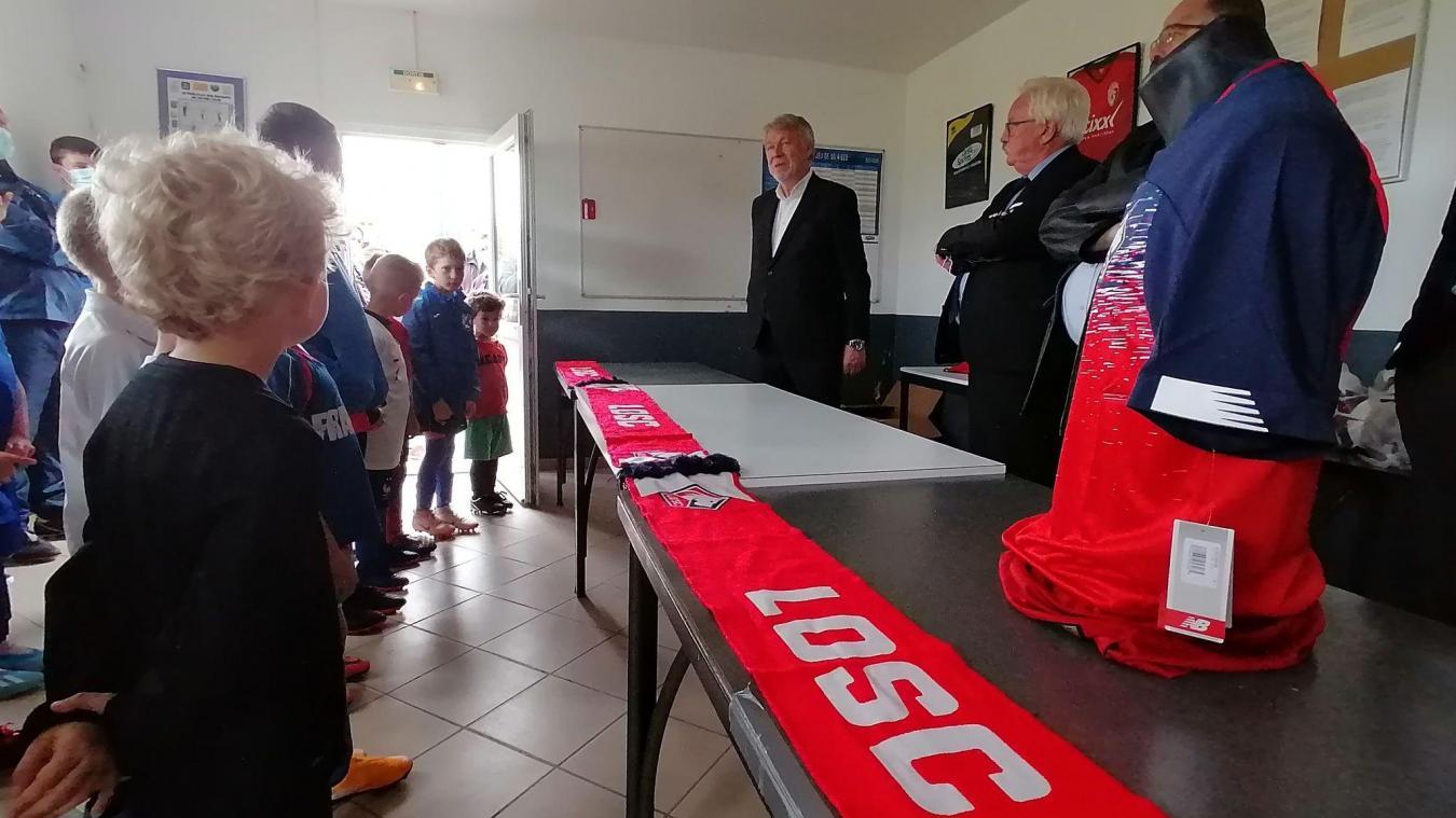 Le LOSC association tend la main au club de football d'Ambleteuse
