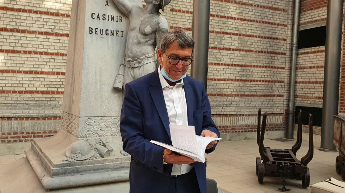 Lens: L'ex-sénateur présente son livre et exprime son point de vue sur la Gauche