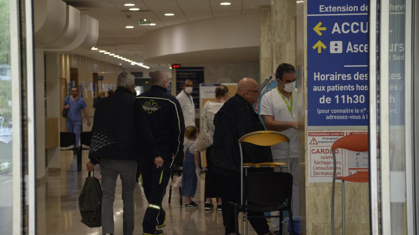 Le 25 septembre 2020, le CHB compte au total onze patients, hospitalisés dans ses services, qui ont contracté la Covid. Sept dans les services conventionnels, quatre en réanimation mais pas ventilés.