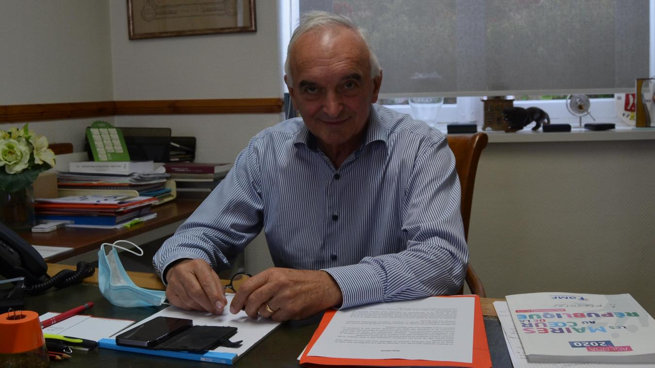 Le maire de Saint-Venant reste vice-président des maires de France auprès de François Baroin.