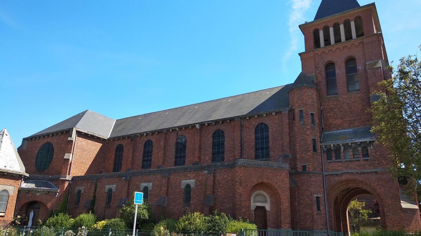 L'église Sainte-Germaine est située dans le quartier du Pont du Leu.