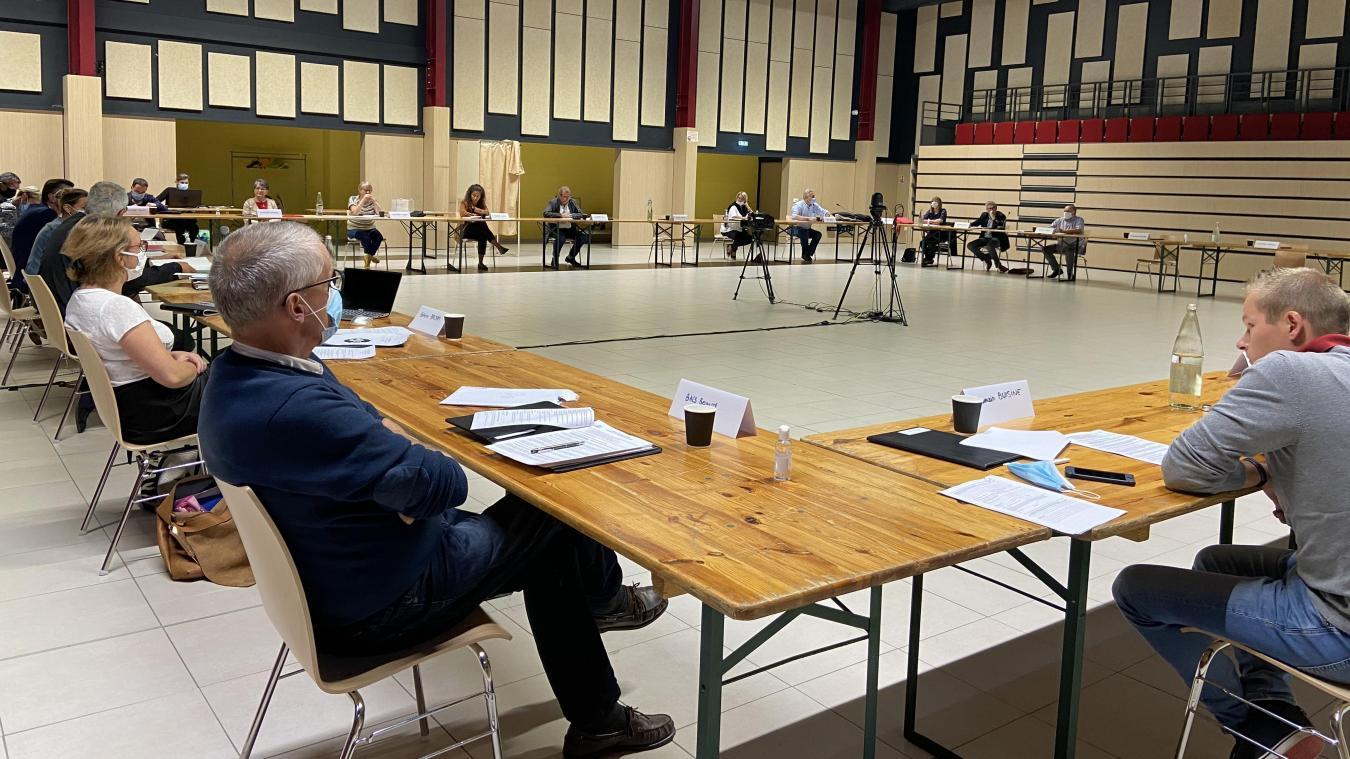 Estaires : un conseil municipal tendu entre Bruno Ficheux et l'opposition