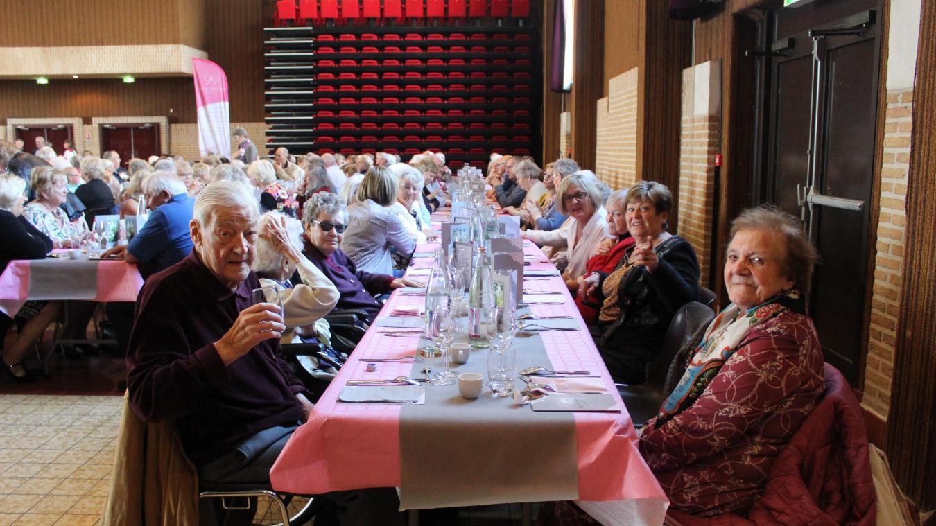 Le banquet des aînés devait avoir lieu en octobre. Il a été annulé. (Archives)