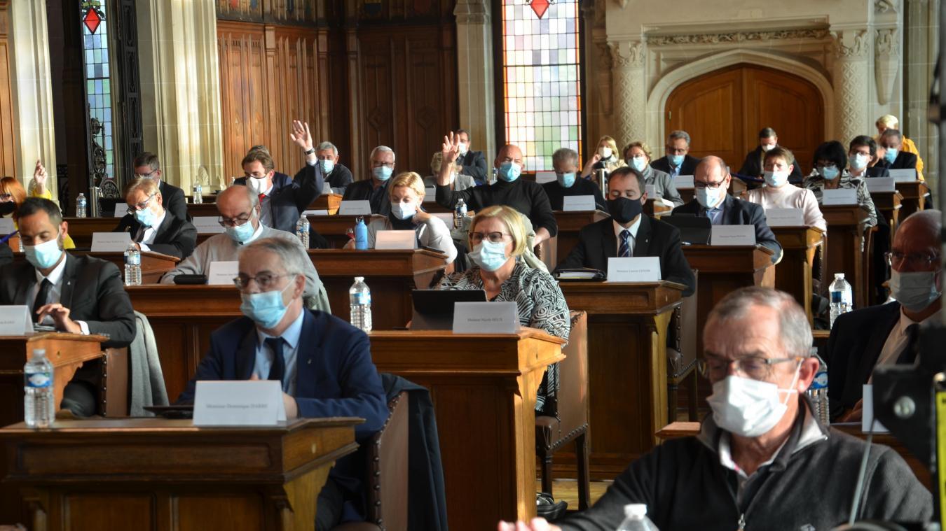 Les élus Rassemblement National se sont abstenus sur certaines délibérations.