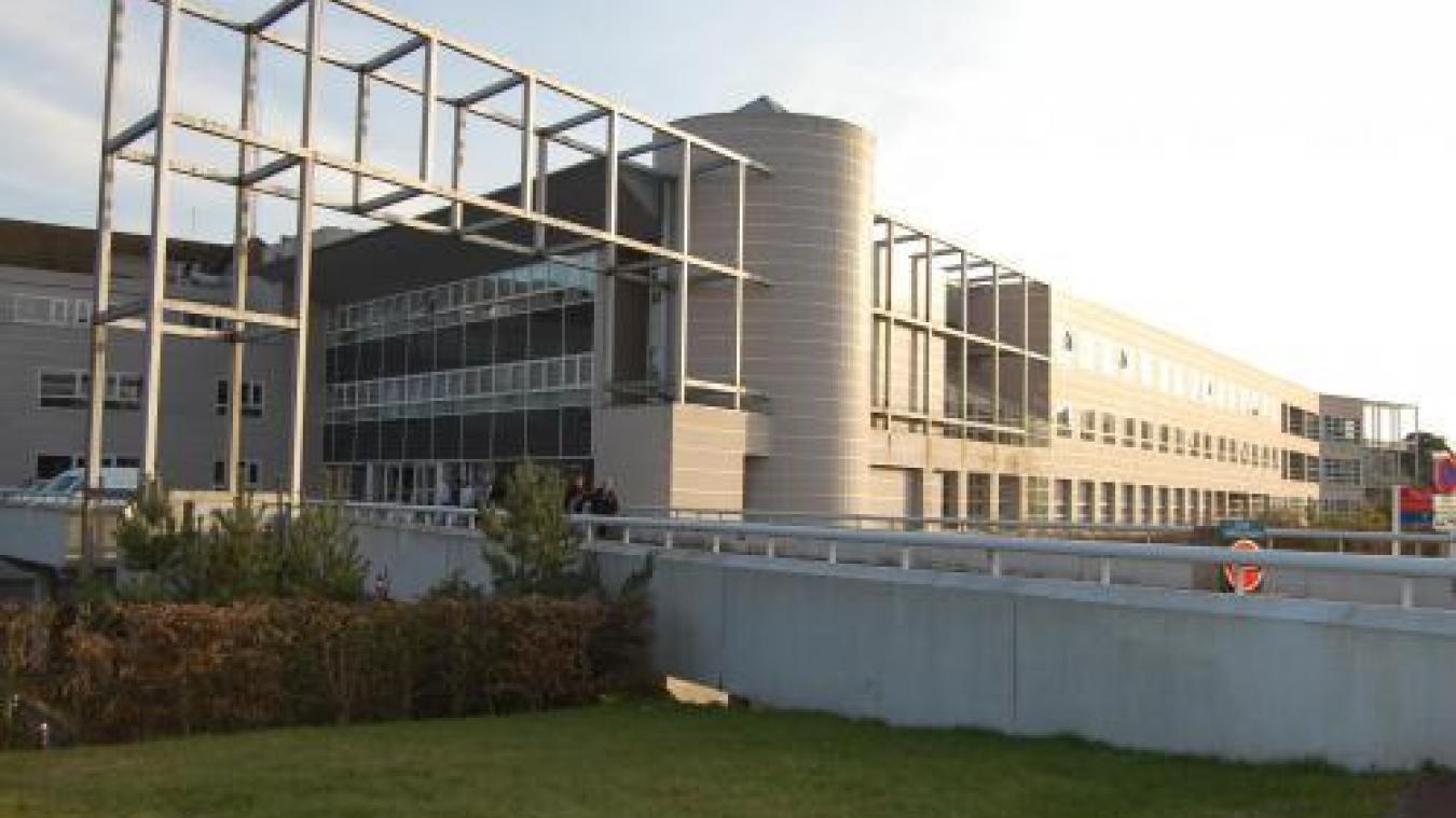 Covid-19 : le Centre Hospitalier de la Région de Saint-Omer accueille à nouveau des patients Covid